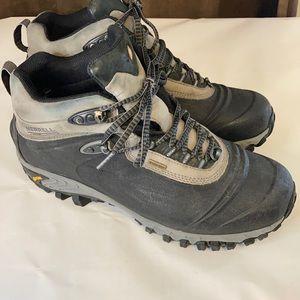 Men's Merrell waterproof boots size 11